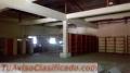 Vendo edificio de concreto adecuado para almacenaje con dos oficinas acondicionadas