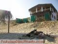 Mancora a 20min.Alquilo casa con piscina frente al mar de Tumbes