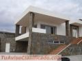 Moderna moradia isolada V4 com piscina à venda em São Brás de Alportel. Algarve Portugal