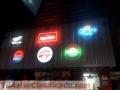 Neon y avisos publicitarios de alto impacto visual en acrílico volumetrico en led