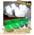 Ofrecemos butacas plásticas y de fibra de vidrio