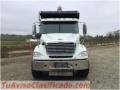 Camión de volteo freightliner 2010