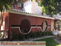 Casa de 600 m2 de solar en La Castellana