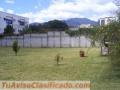 Casa en San Cristobal Con Amplio Jardin en Sector Las Orquideas