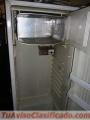 Vendo refrigeradora en 2,500 negociable llamar al 88784755