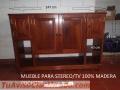 Mueble de madera para stereo o TV