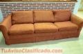 Vendo sofá color rojizo