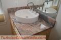 Topes  para  cocinas y  escalera  en  Granitos  Natural  y  Marmol