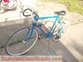 bonita-bicicleta-de-carrera-perfecta-y-lista-para-practicar-ciclismo-5.JPG